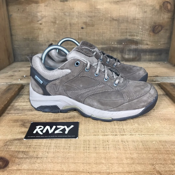 New Balance 955 Waterproof GoreTex Sneaker